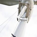 Die Montage erfolgte bei herbstlichen Witterungsbedingungen, so dass die Installation Regen und Schnee, hoher Luftfeuchtigkeit sowie Plus-und Minusgraden standhielt. Die Zuführung des elektr. Strom sowie Kabelverlegung zur Steuerung der Lichtinstallation fand durch die Narbe des Windrads statt, um die LEDs zu beleuchten bzw. verschiedene Motive zu erzeugen.