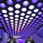 Lounge-Bereiche werden harmonisch in die Verkaufsflächen integriert