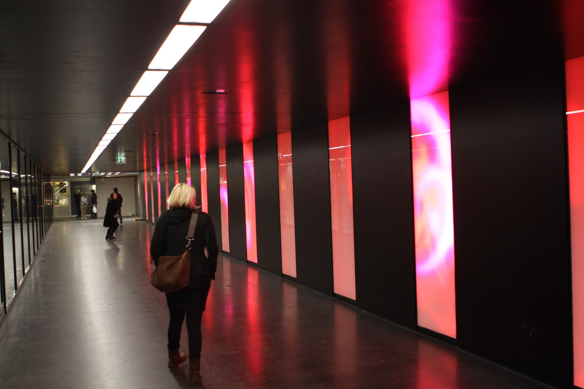 Atelier Derrer | Gravity - Bahnhof Aarau