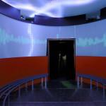 Die direkte Ansprache der Sinne demonstriert die Produktvielfalt und die Möglichkeiten die moderne LED-Technik in Verbindung mit intelligenter Gebäudetechnik bereits heute bieten.