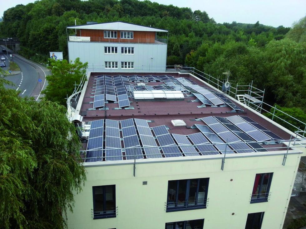 Solarstrom in der LightLife – Zwischenbilanz Januar bis April 2014
