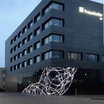 Das Kunstkonzept fokussiert die beiden Themen Licht und Netzwerk - für beide Institute gleichermaßen wichtig.