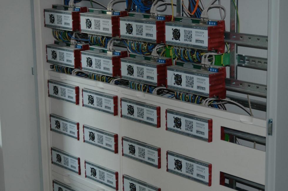Deutliche Preissenkung beim DMX/RDM-fähigen 230V-Installationsdimmer DMX2DIM-RDM